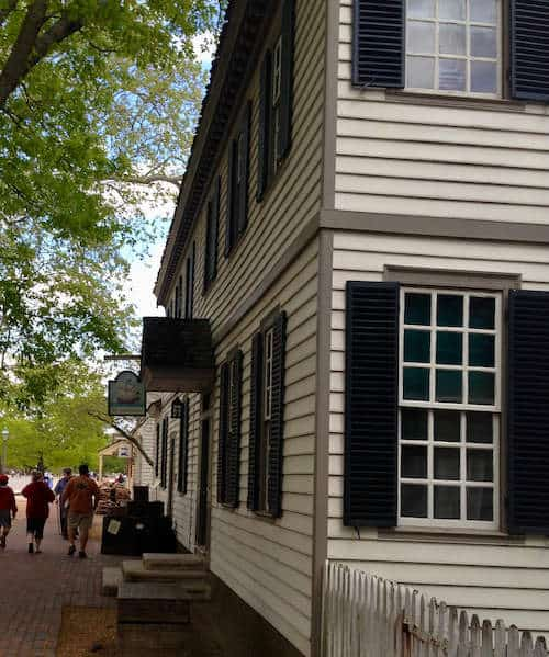 A Street View of Colonial Williamsburg